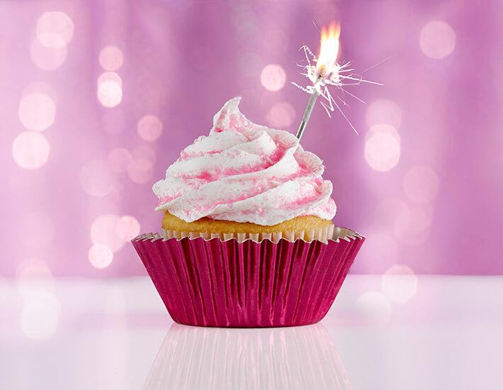 cake-mate-dessert-dazzler-cupcakes-home