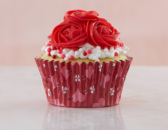 roses-are-red-valentines-day-cupcakes-home7a19fa25770e6c70898dff00007b38cf