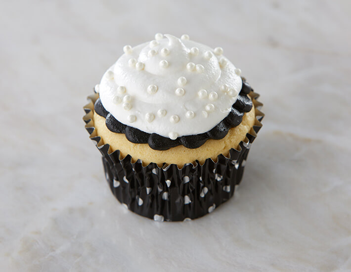 Black and White Swirled Cupcakes from Cake Mate with Pearl Sprinkles