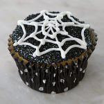 Spooky Black and White Spider Web Icing Cupcakes from Cake Mate Halloween Ideas