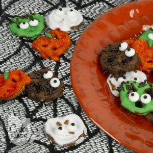 Spooky Monster Pretzel Snacks